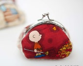 Coin purse, frame coin purse, change purse, metal frame purse, handmade, red, Charlie Brown