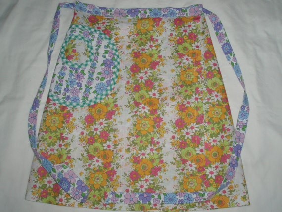 pretty spring floral...wrap skirt in vintage fabric with pocket