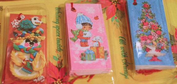 Vintage Christmas Gift Tags 18 piece paper tags New in the Package
