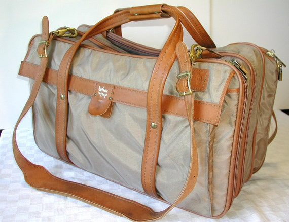 Hartmann Luggage Vintage Travel Bag  Weekender KEY & Paperwork
