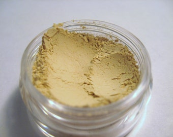 Champagne Whispers - Mineral Eye Color - Velvet Collection - 5 gram sifter jar