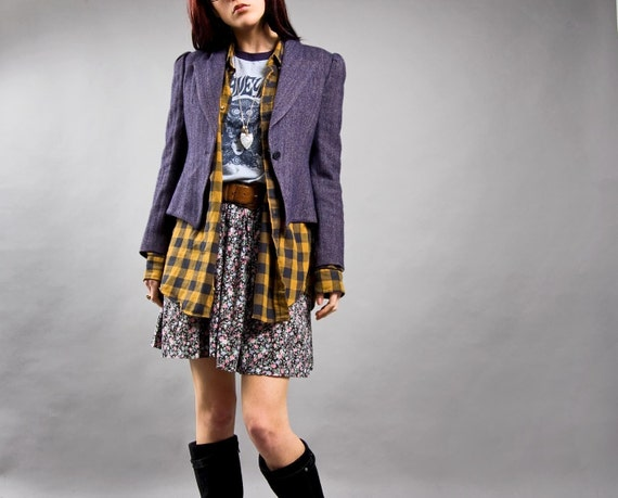 in SONOMA from ROMANIA. 1970s STRUCTURED Purple HERRINGBONE wool Vintage Cropped Blazer (XS/S)