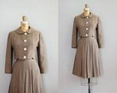 1940s suit / peter pan collar / Bonwit Teller suit