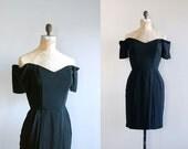 sweetheart dress / little black dress / off shoulder