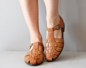 leather t-strap sandals / woven sandals / Butter Rum