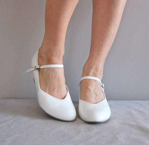 vintage WHITE mary jane heels by DearGolden on Etsy