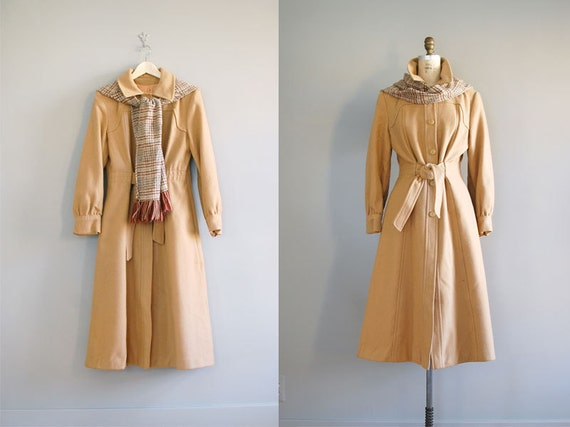 1970s wool trench coat / princess trench / Camel Wool Trench
