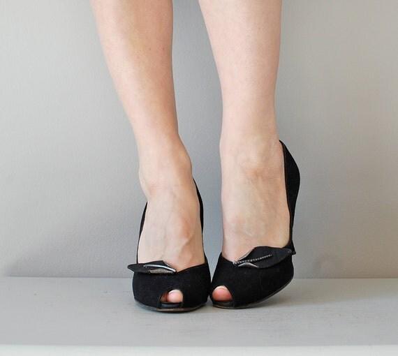50s shoes / 1950s peeptoe heels / Metal Leaf heels
