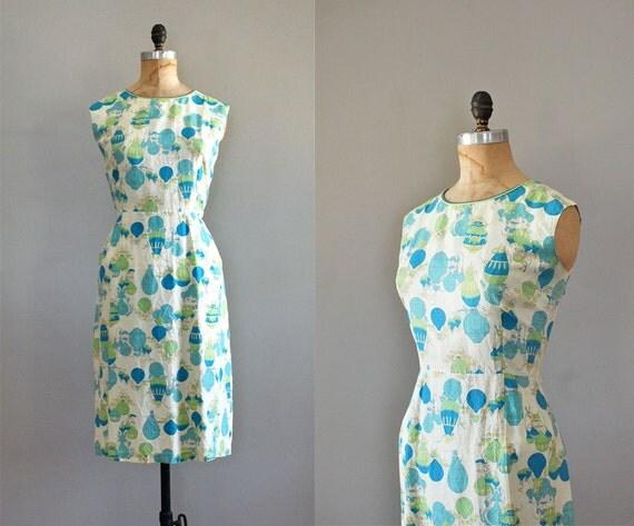1960s dress / novelty print / 60s / Hot Air Balloon dress