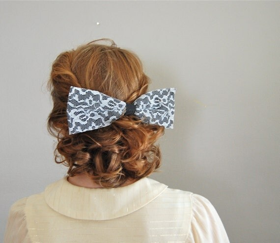 vintage ALICE lace hair bow