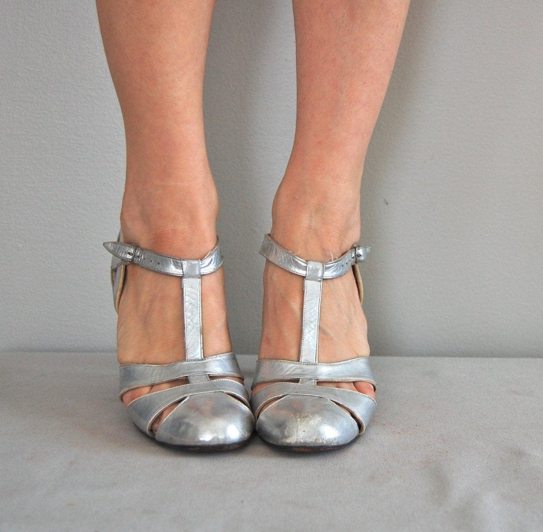 Vintage 1930s silver metallic t strap heels by deargolden on etsy