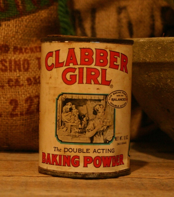 CANDLE Unique Hand-Poured Soy Wax Candle in Vintage Recycled Clabber Girl BAKING Powder Can GREAT Gift Antique Collectable Tin