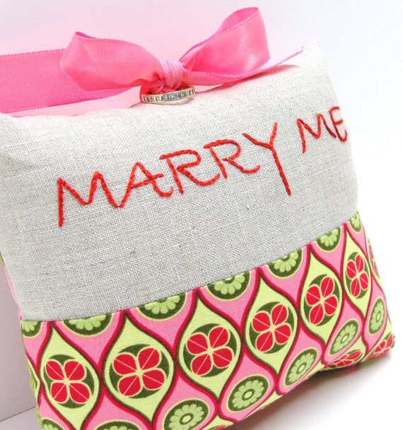 engagement ring presentation pillow- ''Marry Me'' hand embroidered on linen with pink, yellow, green print