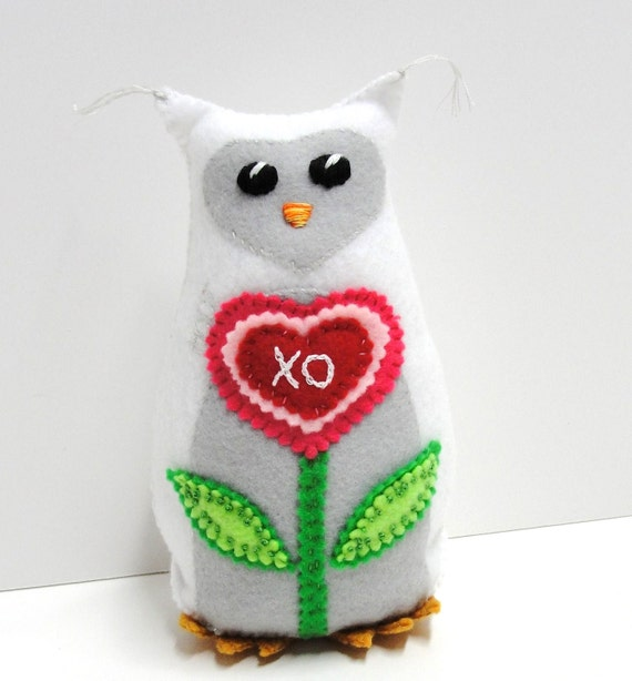 "Sale- felt owl- 8 inch stuffed Hoot owl in white and gray with pink, red heart bloom ""xo"", love"