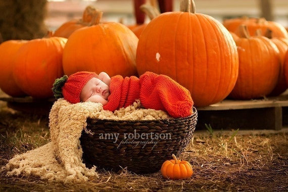 Pumpkin Harvest,adorable cocoon and cute hat for newborn, photo props ,soft,stretched and cuddly