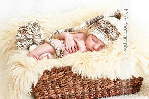 Crochet Newborn Stocking Elf Hat , Crochet Infant Photo Prop, 0 m,3m,6m,12m,  Munchkin Pixie Beanie,Back to Nature,custome colors avaliable