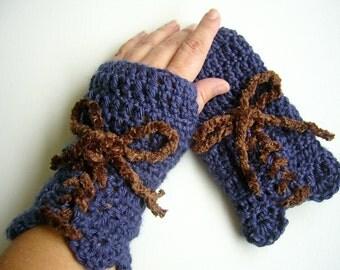 Laced Navy Blue Fingerless Gloves