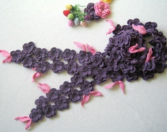 Hand-crochet purple flower scarf with pink leaves