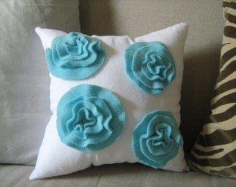 Garden Rose Pillow in White Linen and Turquoise