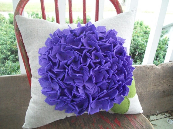 Hydrangea Pillow in Purple and Oatmeal