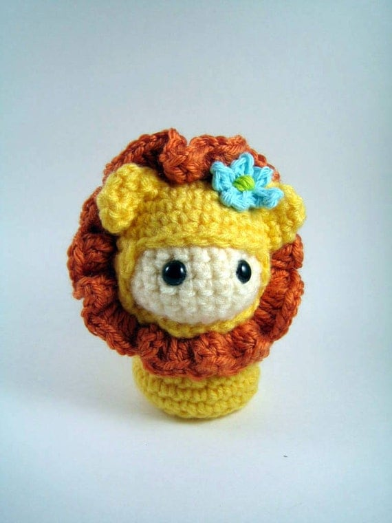 Little Amigurumi Lion : Little Lion Doll Amigurumi Crochet Pattern PDF file