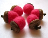 Felted Wool Acorns SET of 12 in Hot Fuschia Neon Pink / Eco Friendly Natural Home Decor and Hostess Favours