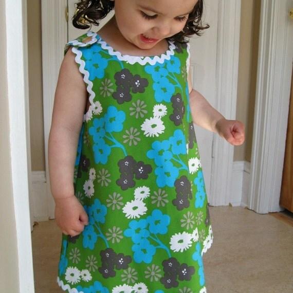 toddler girls mod organic dress in summer flowers (as seen in Peppermint Magazine)