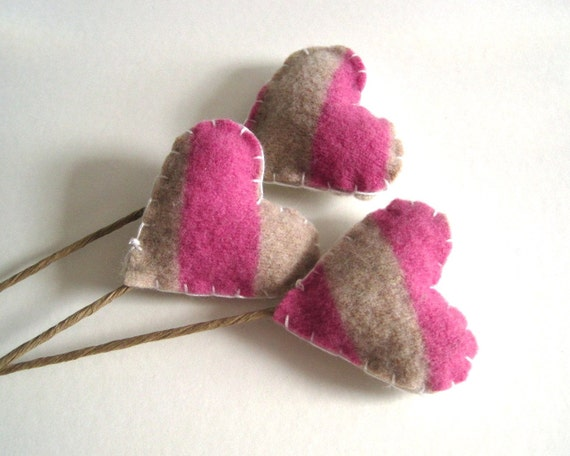 wool hearts flower stems SET of 3 in geometric pink and cream / eco friendly table love decor  (ready to ship)