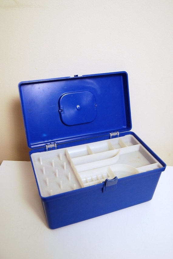 Vintage Wil Hold ROYAL Blue Sewing Box