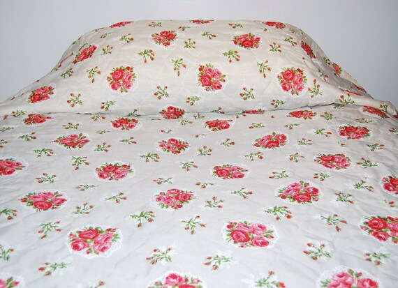 SALE.........Vintage Bedspread Shabby Chic Roses