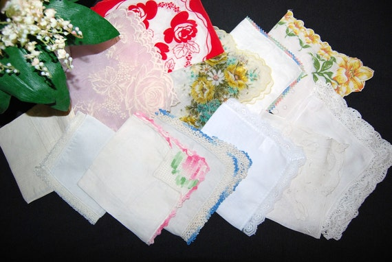 Vintage Hankie Twelve Heirlooms