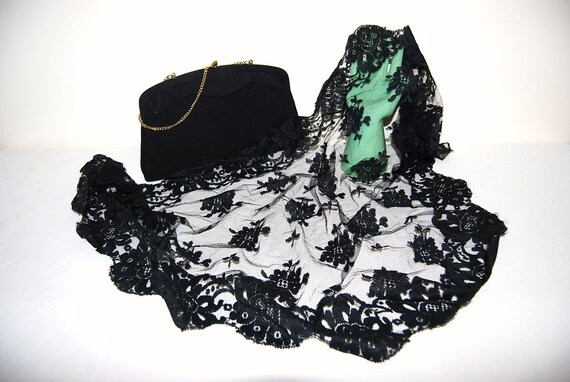 Vintage Black Purse with Mantilla