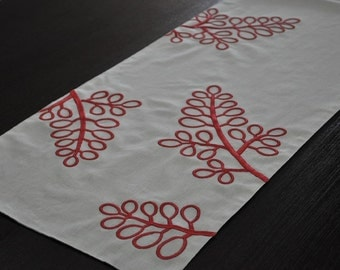 "Berry Table Runner, Linen Table Runner 14"" x 64"", Oatmeal Linen Red Berries Embroidery, Long Table Runner, Custom Table Linen, Home Decor"