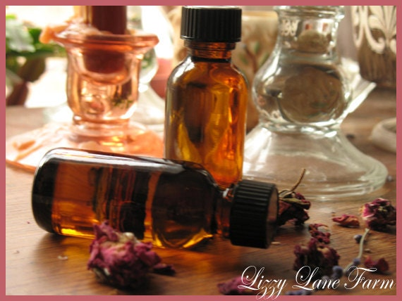 Organic Lavender Essential Oil. 1 ounce/ 30ml Amber glass bottle. Aromatherapy oil