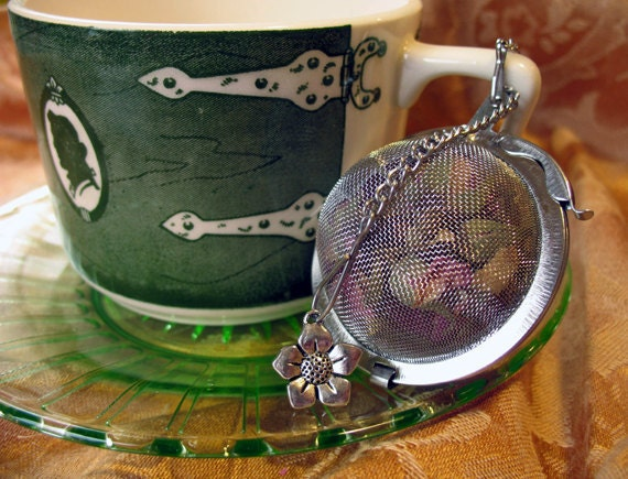 "2"" Mesh Tea Ball with flower charms, tea infuser"