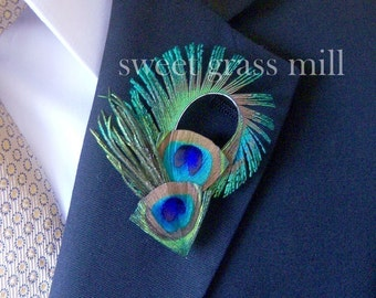 Peacock Feather Boutonniere - CONTE - Peacock Wedding Buttonaire Brooch Pin
