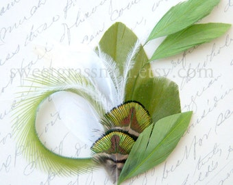 Feather Fascinator - MOSS KISS - Green Peacock & Moss Feather Clip
