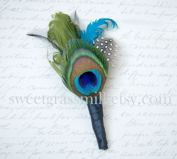 Peacock Feather Boutonniere - CALAIS Boutonniere - Peacock and Polka Dot Feathers