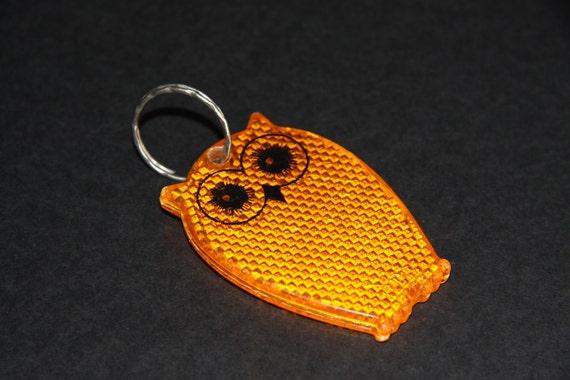 Seventies orange fluorescent owl keychain
