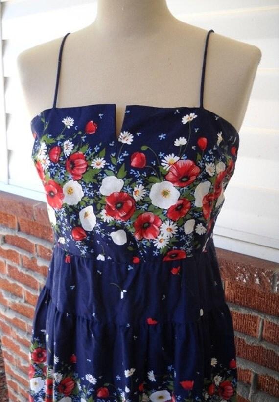 Happy Poppy - 70's Spaghetti Strap Maxi Dress
