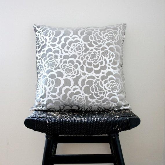SILVER FLOWER Pillow Cover, Velvet Designer Fabric, 45 x 45 cm, 18 inch