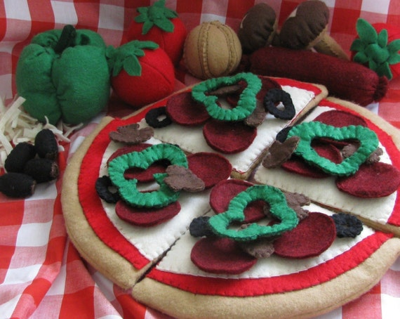 top your own pizza felt play food