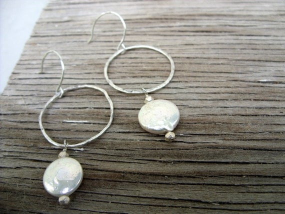 Earrings: Hammered fine silver hoops with freshwater coin pearls Pearl Essence