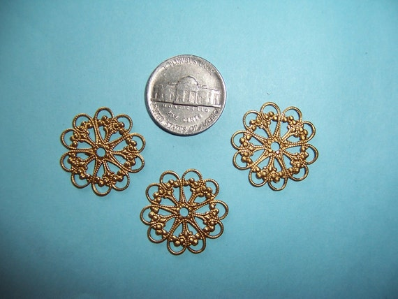 6pcs., Vintage Round Lacey Brass Filigree Circle Link  Dangles, Connectors, Victorian Style