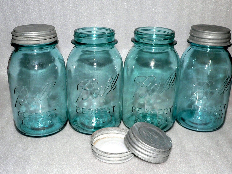 4 vintage blue ball mason quart jars lids wedding vases. Black Bedroom Furniture Sets. Home Design Ideas