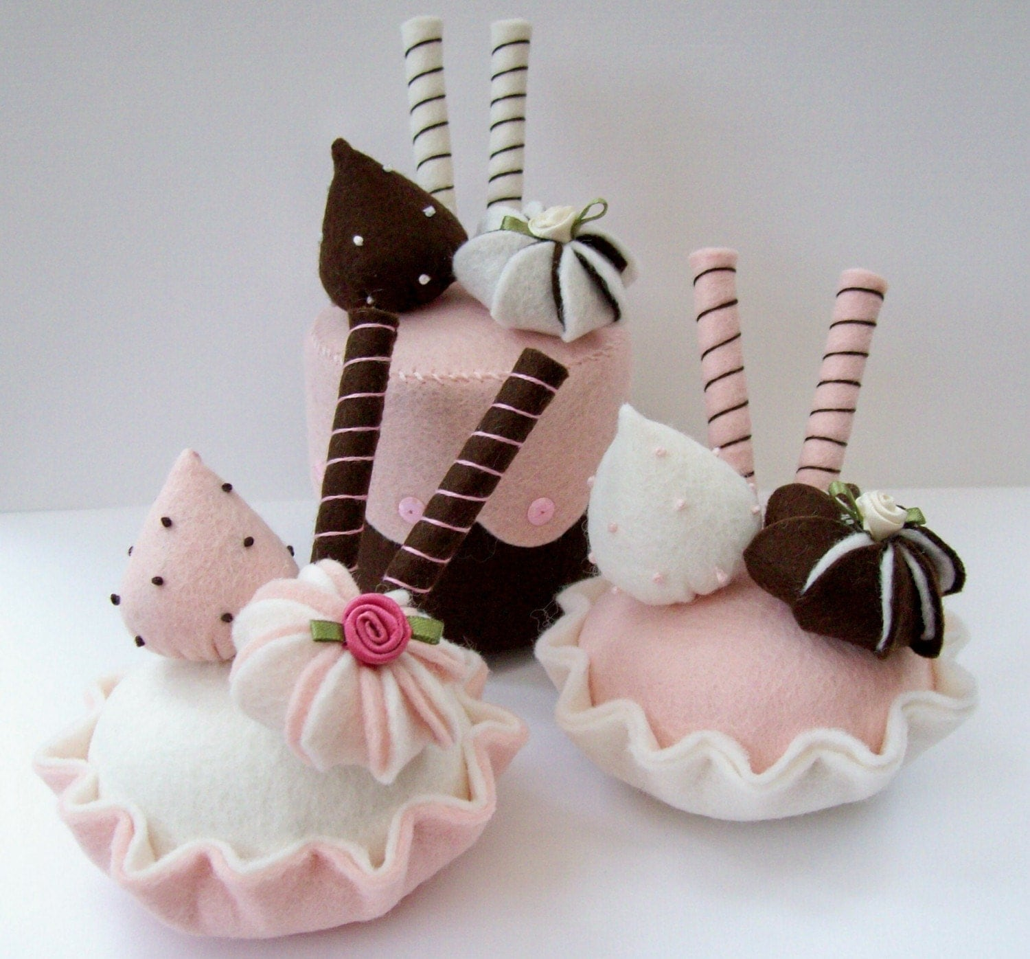 Set Of 3 Beautiful Felt Food Cakes Lovely Easter Gift
