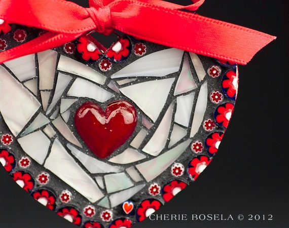 Mosaic Red and White Heart Shaped Wall Hanging