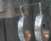 Curled Vne Earrings