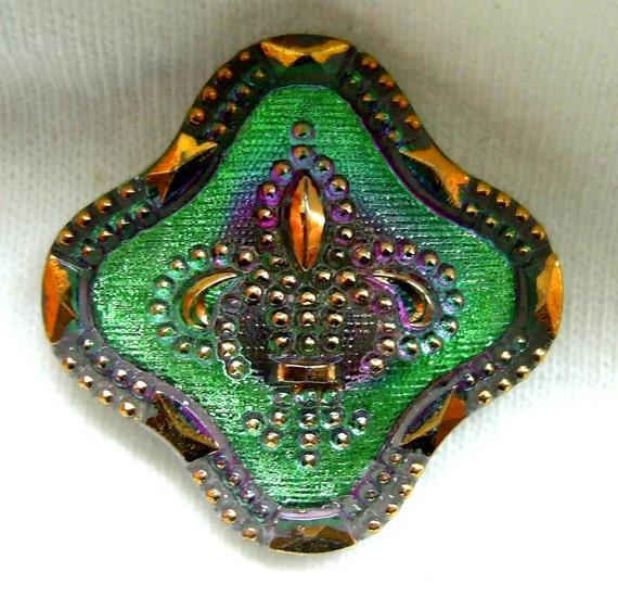 Czech Glass Button - Emerald Green Mirror Back FLEUR DE LIS w/ Gold Luster