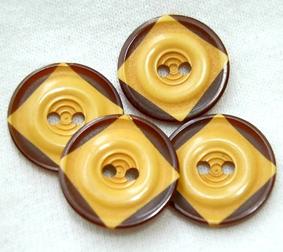 SALE Vintage Bakelite Cookie Buttons - Set of 4 Laminated Brown & Cream Corn - 18mm